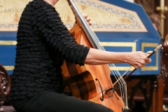 5.2017 concert Marcy in front of harpsichord tail